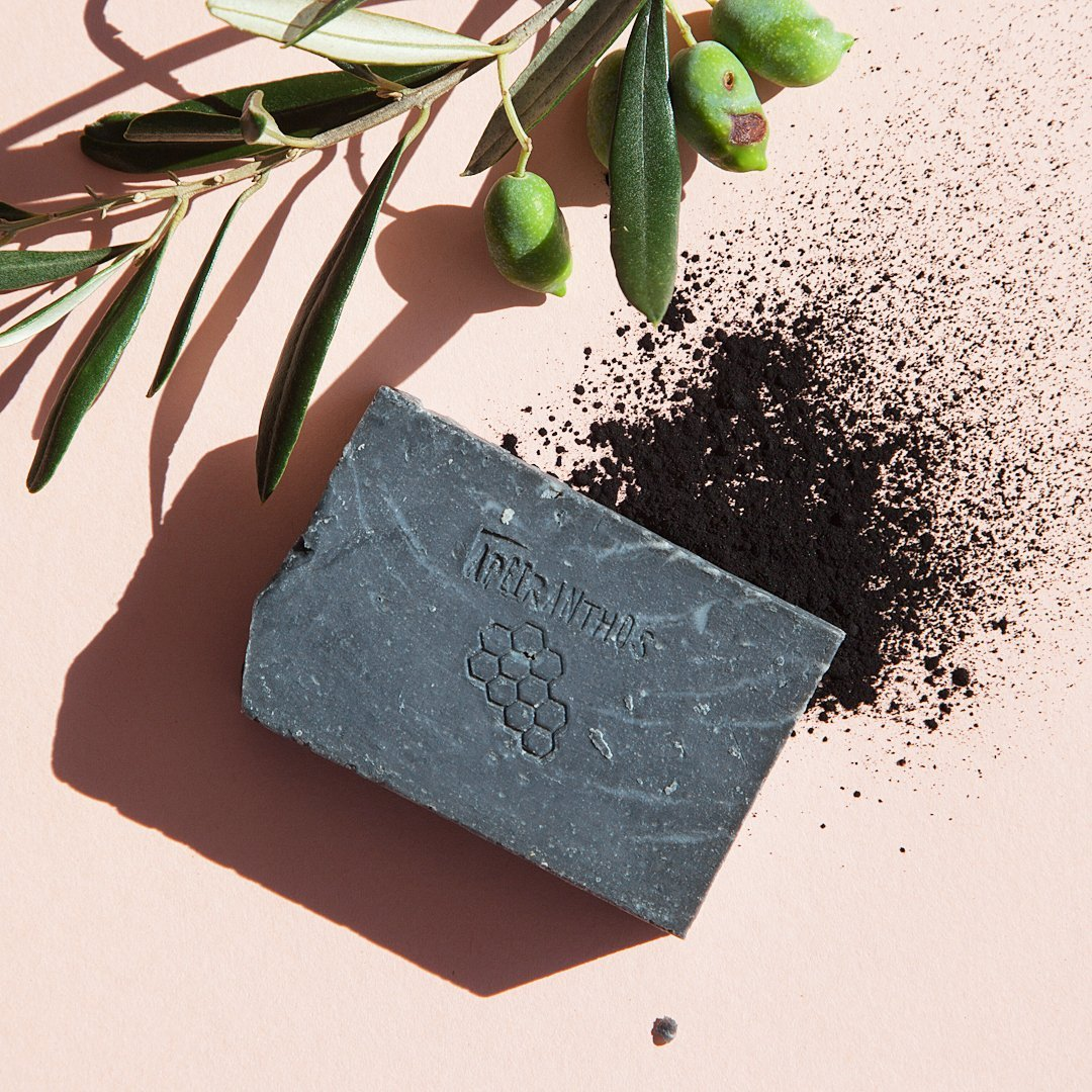 Apeiranthos Detox soap   Charcoal + Tea tree 100gr