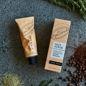 UpCircle Coffee Scrub προσώπου Herbal Blend – Για λιπαρό/μεικτό δέρμα 100ml
